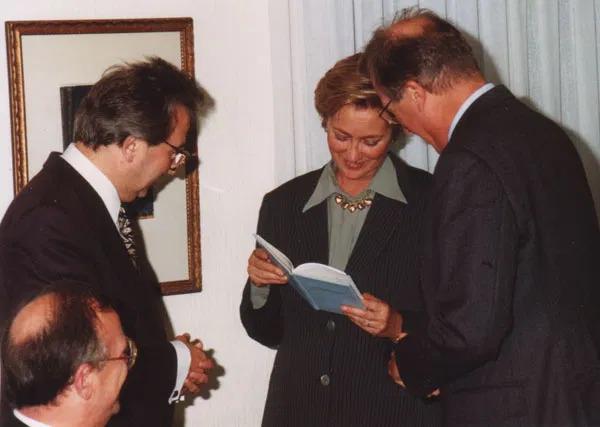 Koning Albert II en Koningin Paola op bezoek bij Ons Erfdeel