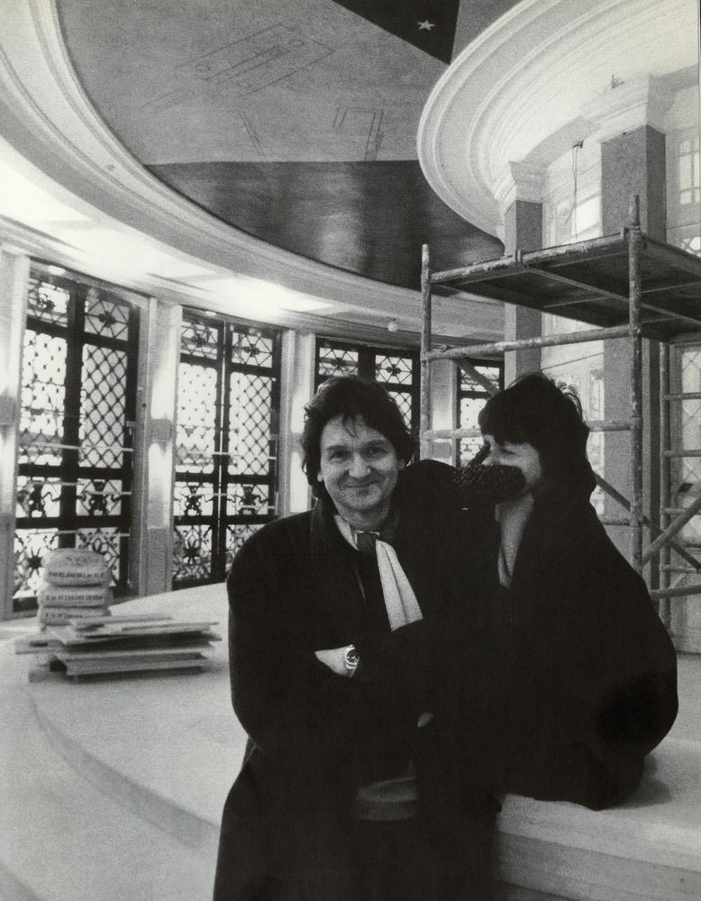 1993 Simone Lenaerts en Jan onder Bourlaplafond.jpg