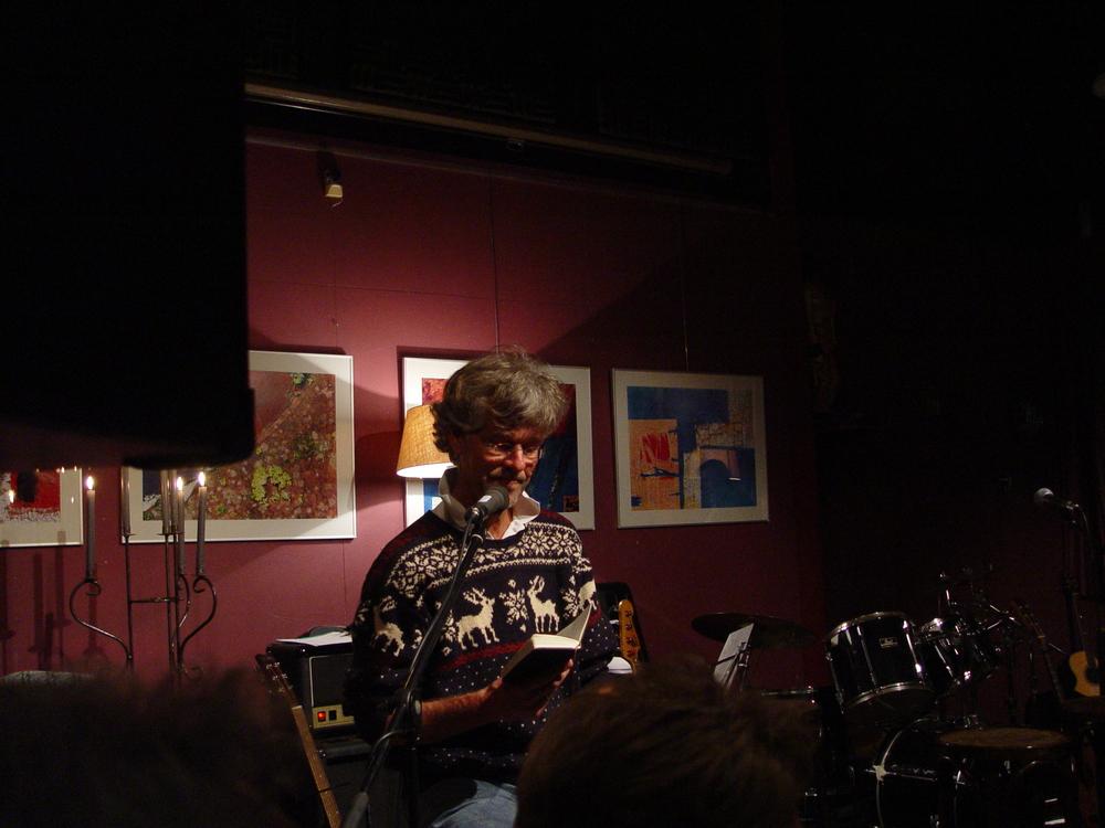 Poezieavond 2008 Voordracht René Mijnders.jpg