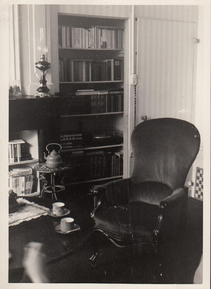 Het interieur van de familie Barnard in de pastorie van Rozendaal.