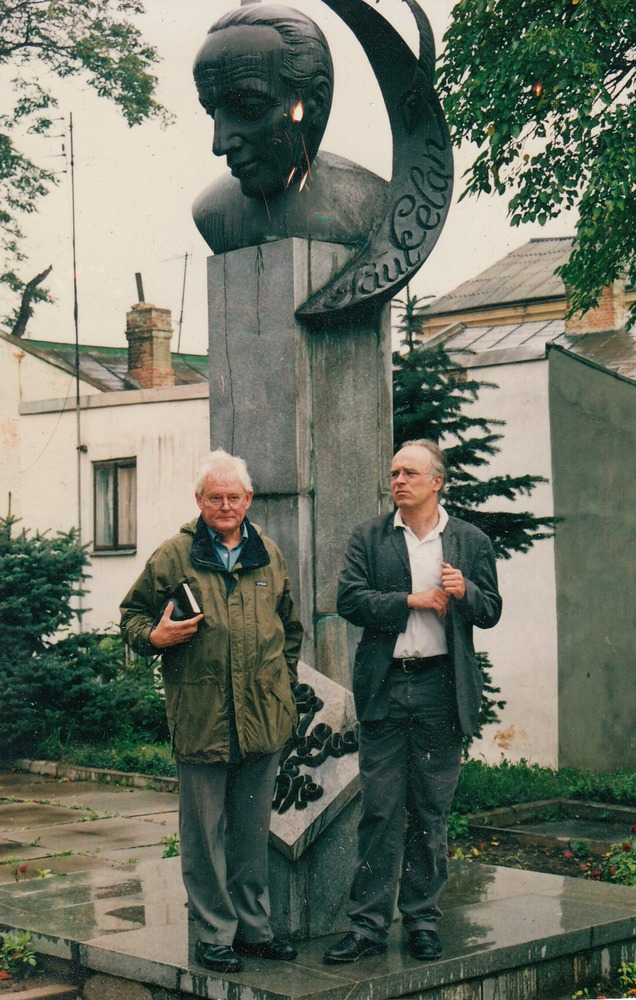 Benno Barnard en Geert van Istendael in Chernivtsi