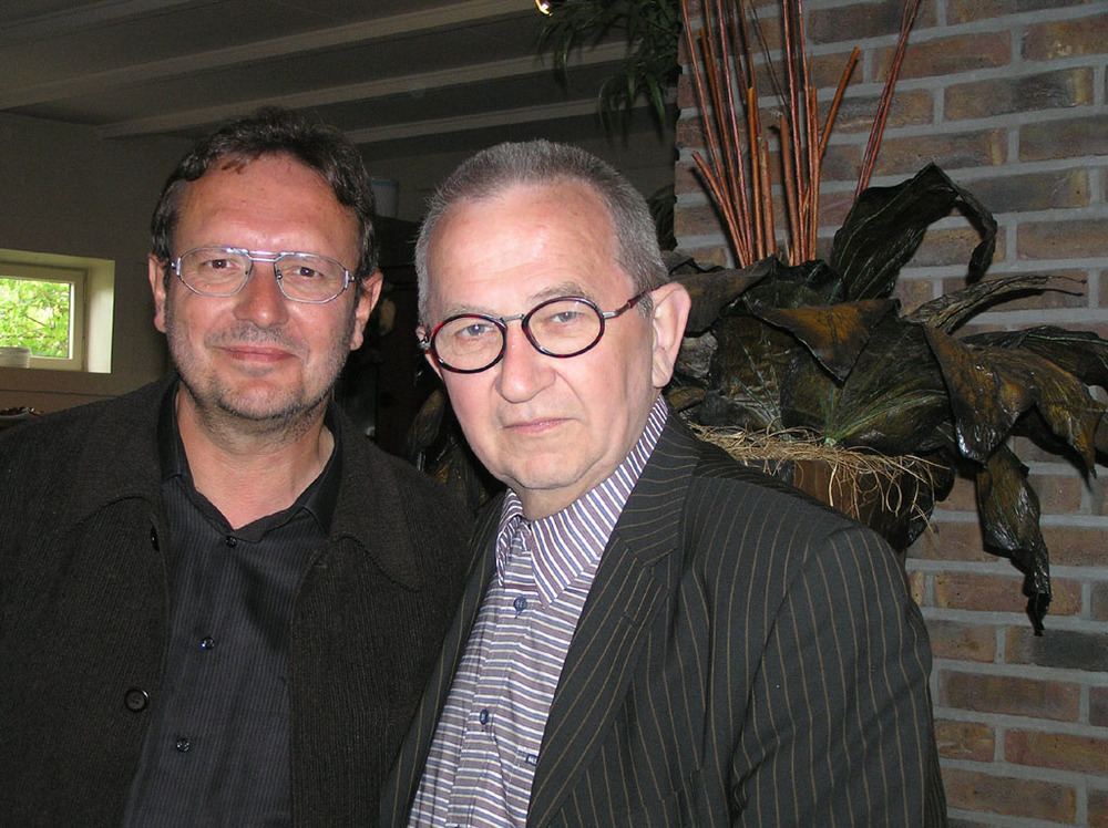 Luuk Gruwez en Jozef Deleu tijdens Watou Kunstenfestival 2005