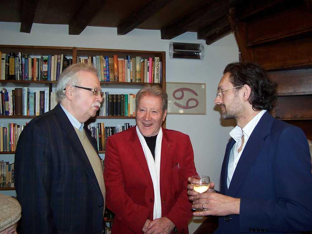Renaat Ramon, Gerd Segers en Michaël Vandebril tijdens de boekvoorstelling van 'Enkelvoudig blauw'