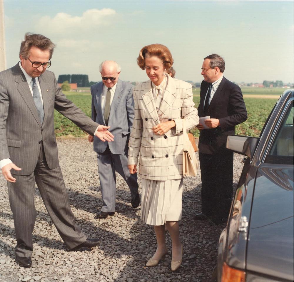 Jozef Deleu en Raf Renard verwelkomen Koningin Fabiola