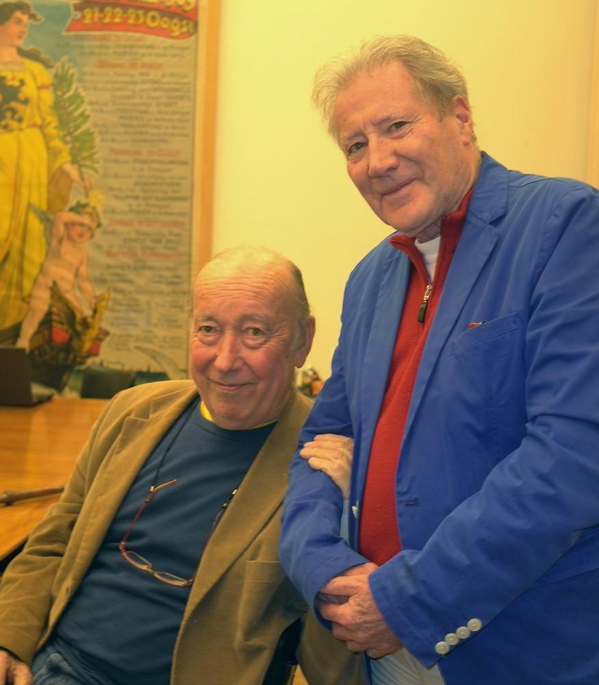 Renaat Ramon en Sarenco tijdens een hommage aan Paul De Vree