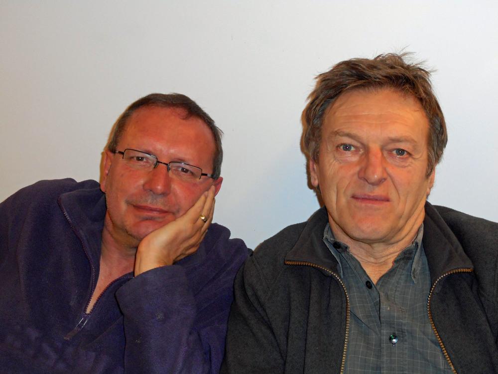 Luuk Gruwez en Johan Parmentier tijdens Gruwez' schrijfresidentie in het Stijn Streuvelshuis