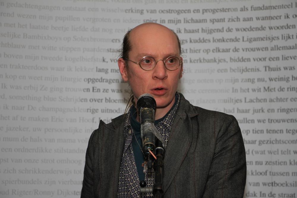DichtSlamRap 2014-juryvoorzitter acgVianen.JPG