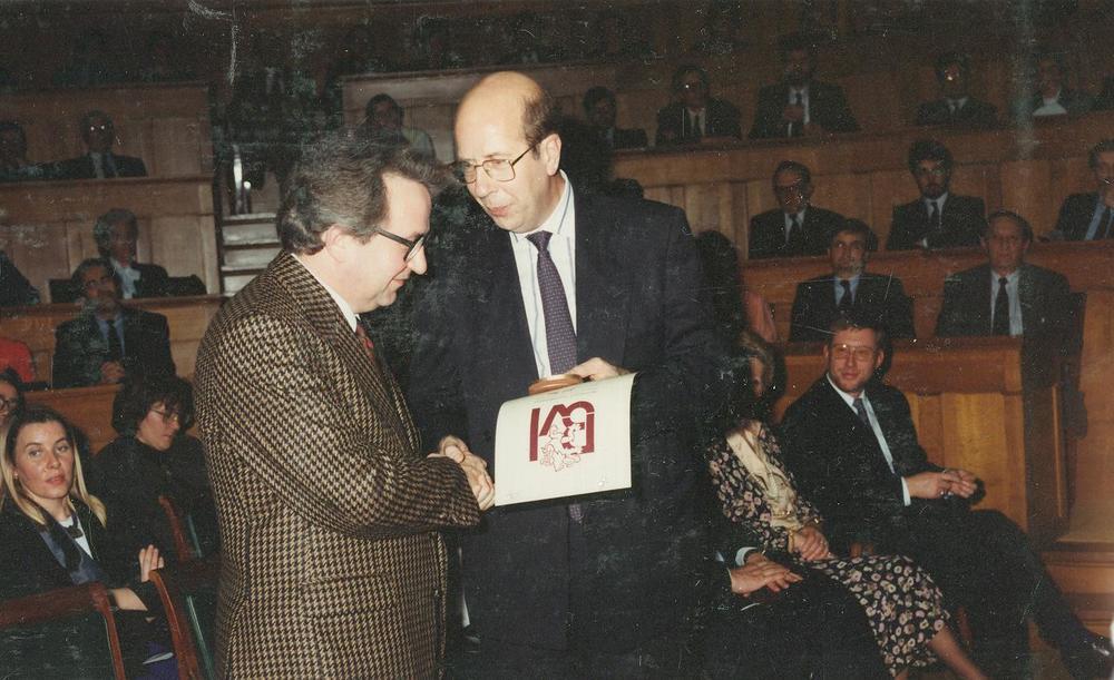 Jozef Deleu krijgt de Grote Cultuurprijs van de Provincie Oost-Vlaanderen 1989