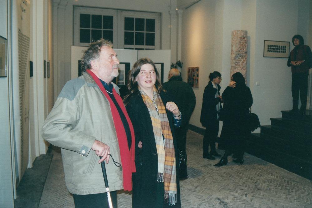 Marcel van Maele en zijn echtgenote tijdens de opening van Visie Versa