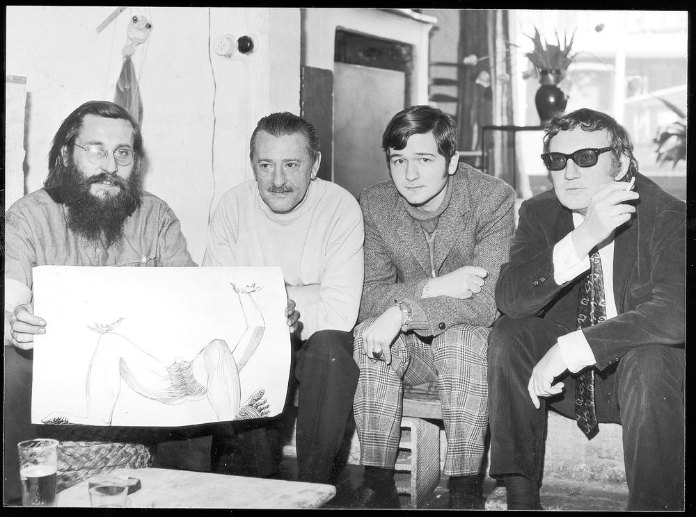 1968 In Gent met Walter De Buck, Louis Paul Boon en Hugo Claus.jpg
