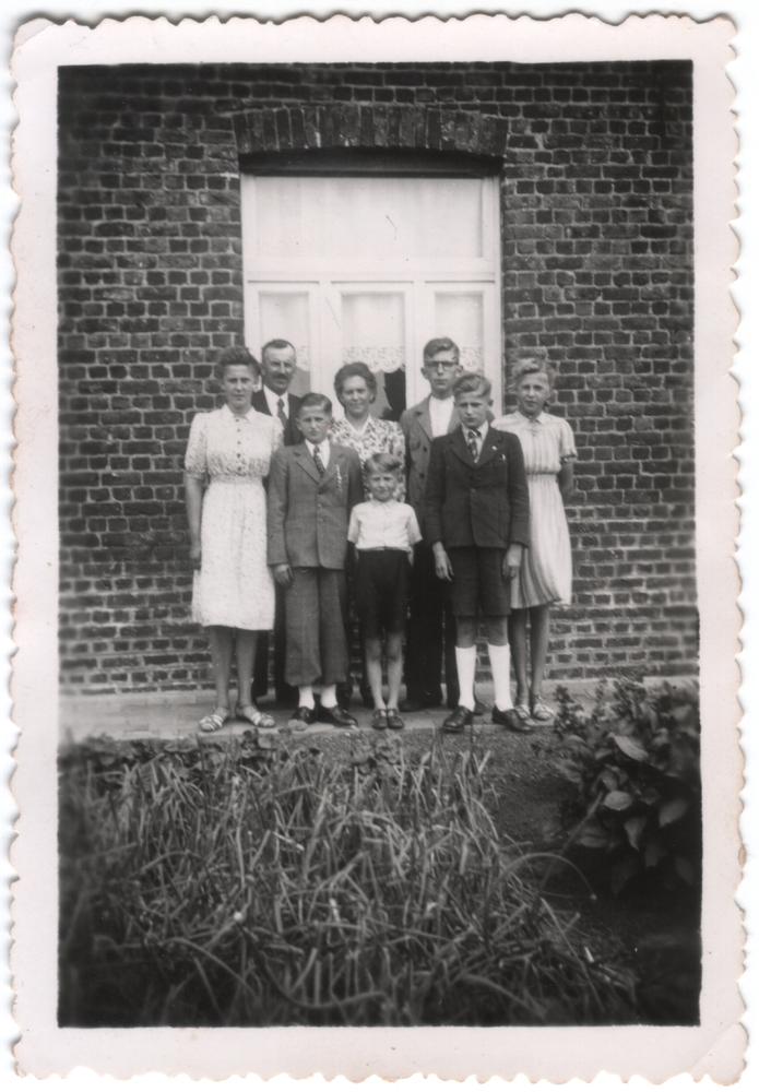 Het gezin  Louis Deleu – Germaine Demyttenaere 1946