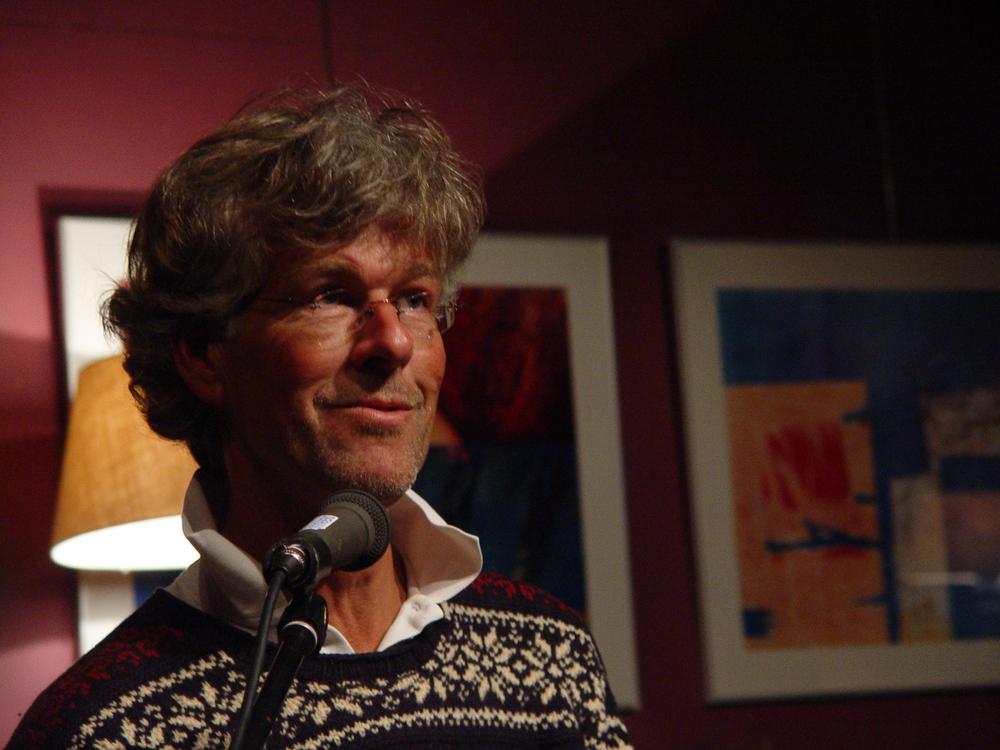 Poezieavond 2008 Voordracht René Mijnders Dichtbij.jpg