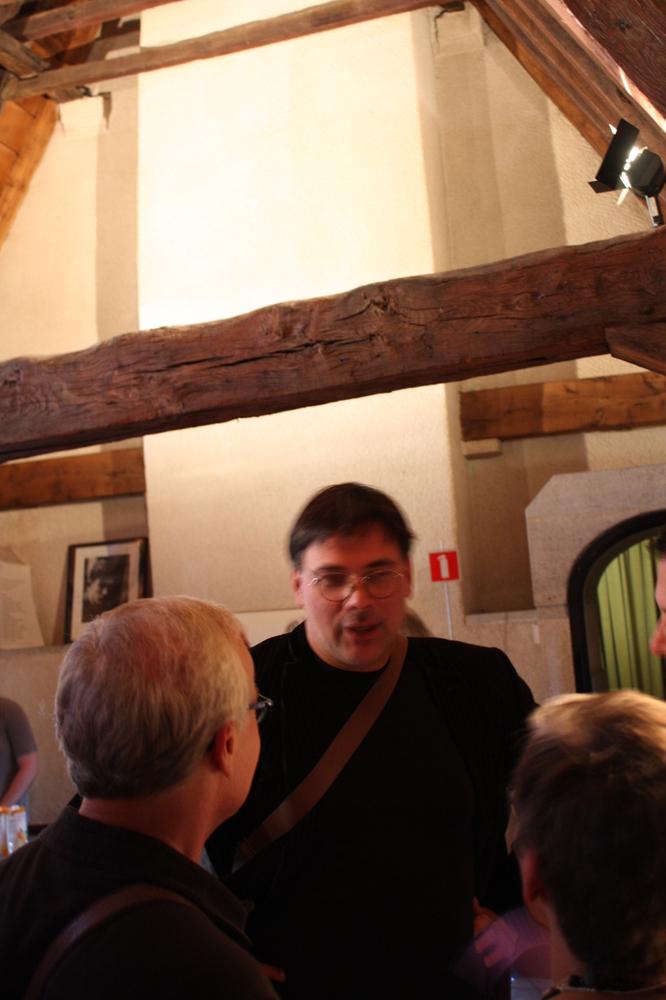 Philip Meersman tijdens de boekvoorstelling van Renaat Ramons bundel Vorm en Visie