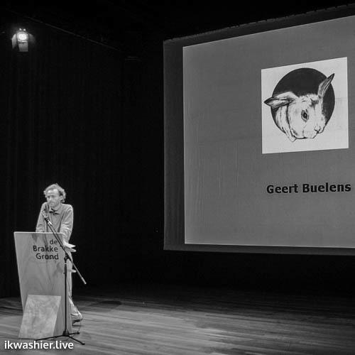 Voorstelling 2e aflevering 'Het Liegend Konijn' in De Brakke Grond - Geert Buelens