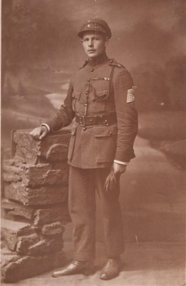 Opa Bing als soldaat in WOI