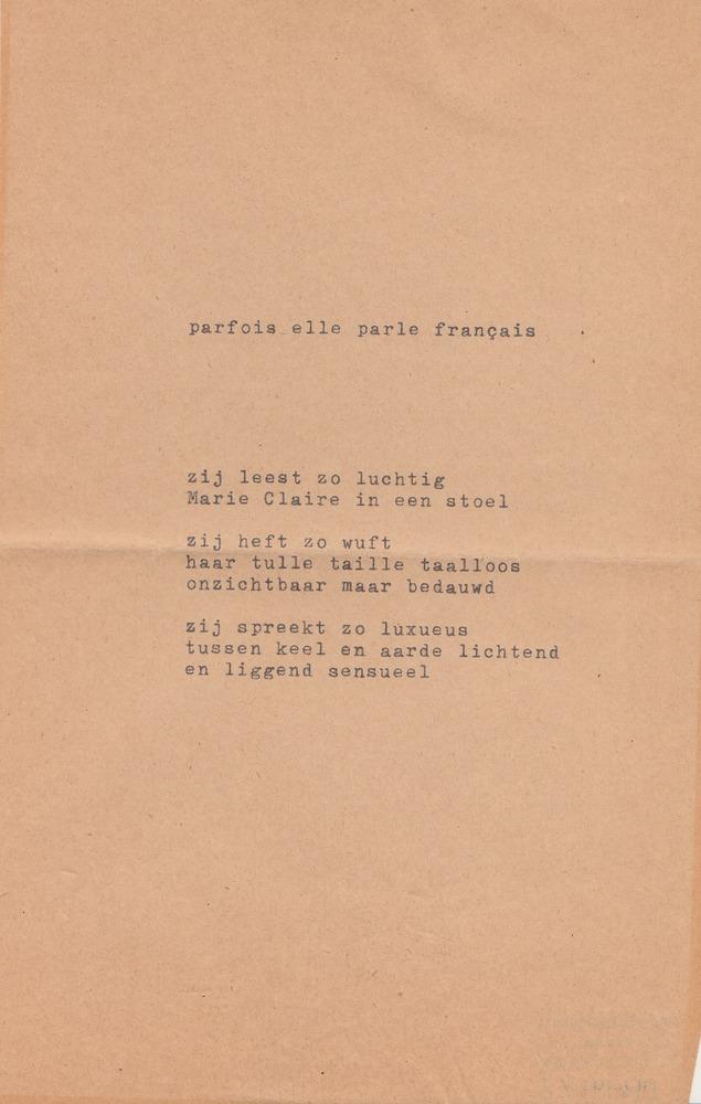 Gedicht 'Parfois elle parle français'