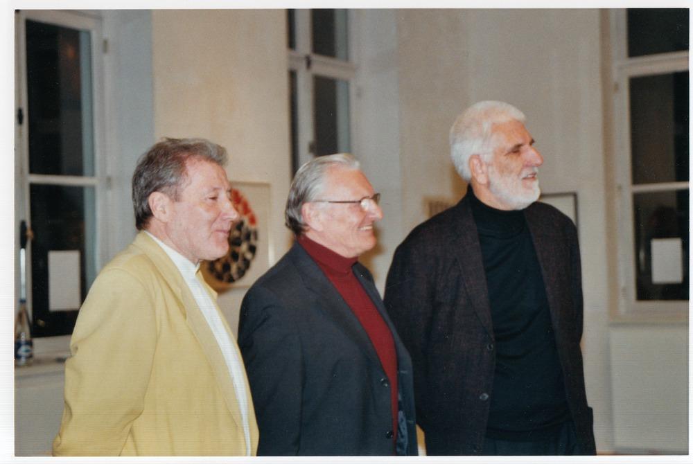 Renaat Ramon, Jan van der Hoeven en Klaus Peter Dencker tijdens de opening van Visie Versa