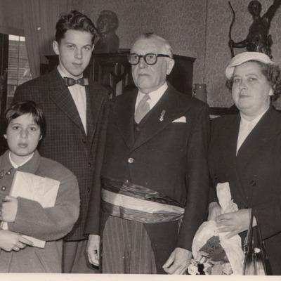 Nic van Bruggen en zus Edith